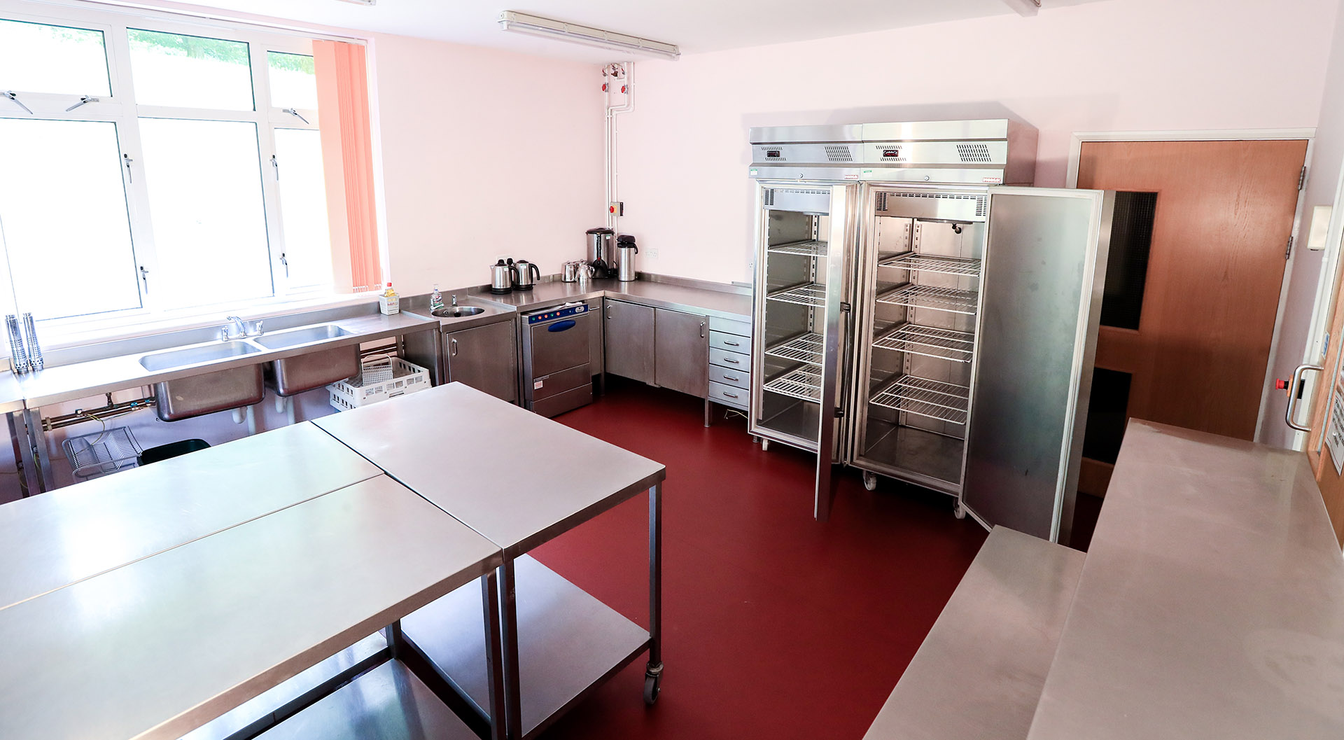 Commercial grade kitchen for hire near Ipswich, Suffolk