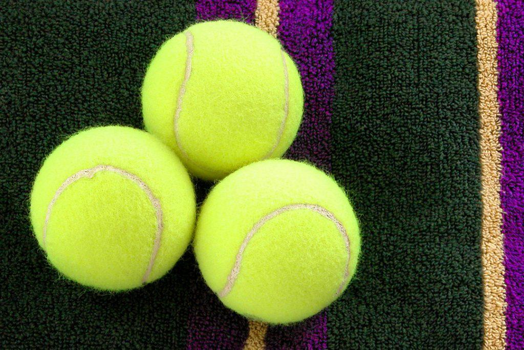 3 Tennis Balls